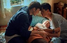 'Thưa mẹ, con đi': Hành trình công khai tình yêu của người đồng tính