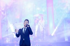 Liveshow của Bằng Kiều, Khánh Ly vi phạm bản quyền âm nhạc