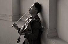 'Trò chuyện' của Hoàng Rob: Bình dân hóa violin bằng pop ballad