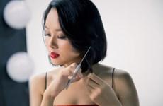 'Nghịch lý' ngày trở lại 'đường đua' nhạc Việt của Hoàng Quyên