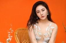 Huy Tuấn: 'Sau thời gian chững lại, Văn Mai Hương đã trưởng thành hơn'