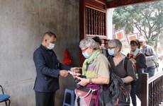 Nhiều di tích ở Hà Nội tạm dừng đón khách, vệ sinh phòng dịch COVID-19
