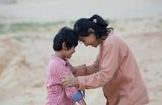 'Về nhà đi con' và 'Hạnh phúc của mẹ' giành giải Cánh diều vàng