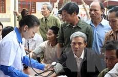 Tổ chức khám chữa bệnh cho 32.500 người cao tuổi trên cả nước