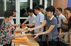 Phụ huynh chen nhau, trường Lương Thế Vinh bán hết 1.600 hồ sơ