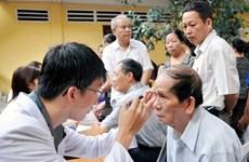 Thầy thuốc trẻ ra quân, khám chữa bệnh miễn phí hơn 100.000 người dân