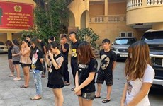 Tạm giữ 14 đối tượng gây rối trật tự, gây tai nạn trong đêm tại Hà Nội