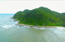 [Video] Quan Lạn-viên ngọc xanh trên biển biếc của vịnh Bái Tử Long