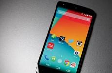 Google hứa sửa lỗi ngốn pin trên smartphone Nexus 5