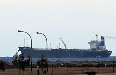 Libya cho hải quân chặn tàu chở dầu của phiến quân