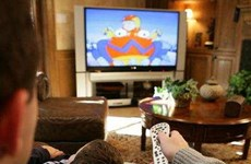 Những người nghiện xem tivi có nguy cơ chết sớm cao