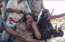 Xuất hiện video Gaddafi máu me đầm đìa ngay trước khi bị giết