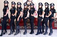 """Mexico giải tán đơn vị cảnh sát nữ """"gợi cảm nhất thế giới"""""""