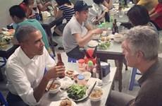 Khách nước ngoài đua nhau tới quán bún chả từng đón ông Obama