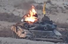 [Video] Cận cảnh xe tăng T-90 bốc cháy đùng đùng tại Syria