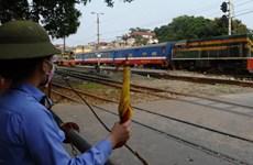 """Mất an toàn giao thông đường sắt do tình trạng """"3 không"""""""