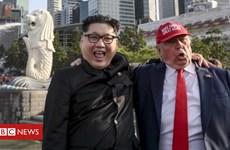 Kim Jong un và Donald Trump giả đã kịp gây chú ý tại Singapore