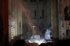 Những hình ảnh đầu tiên từ bên trong Nhà thờ Đức bà Paris