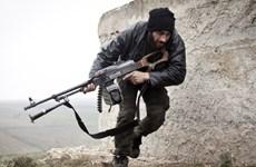 Quân chống đối Syria hỗn chiến nội bộ để giành vũ khí