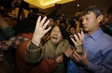 Người thân hành khách MH370 buộc phải rời khách sạn Lido