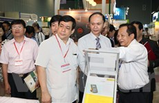 Hơn 350 doanh nghiệp tham gia Triển lãm Y tế Quốc tế Việt Nam 2015