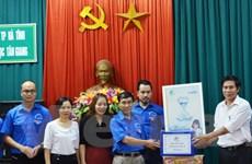 Hành trình Thanh niên 2015 tặng máy lọc nước tại tỉnh Hà Tĩnh