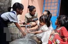 """""""Tận tâm vì tương lai Việt"""" hỗ trợ hơn 6.000 học sinh và người nghèo"""