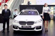 Đình chỉ một Cục trưởng ngành hải quan trong vụ nhập xe BMW