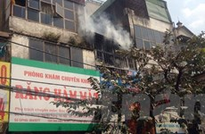 """Hà Nội: Lại xảy ra cháy, """"chuồng cọp"""" nhà 2 tầng bị thiêu rụi"""