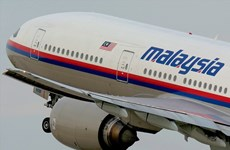 Malaysia, Việt Nam tìm kiếm chiếc máy bay chở 239 người