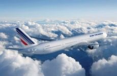 Máy bay Air France hạ cánh khẩn cấp ở Kenya vì nghi có bom