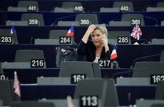 [Mega Story] Làn sóng cực hữu châu Âu suy yếu vì bà Le Pen thất bại