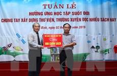 Bộ Giáo dục và Đào tạo tặng 800 cuốn sách cho trường học ở Thái Bình