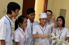 Vì sao trường Kinh doanh và Công nghệ HN lại đào tạo ngành y, dược?