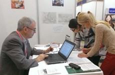 Học sinh Hà Nội hào hứng với triển lãm giáo dục quốc tế GEF