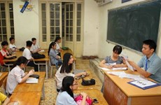 Đề thi chính thức môn Toán kỳ thi vào lớp 10 tại Hà Nội