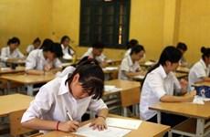 Hà Nội: Phụ huynh quay cuồng rút, nộp hồ sơ tuyển sinh vào lớp 10