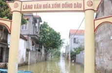 Hà Nội: Người dân vùng lụt Chương Mỹ chuẩn bị mọi tình huống xảy ra