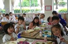 Sữa học đường: Đừng vội vàng mà đánh mất cơ hội của con trẻ