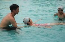 Hà Nội dạy bơi và phòng chống đuối nước miễn phí cho 1.250 học sinh