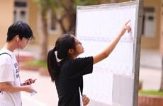 Sáng nay, gần 89.000 học sinh Hà Nội bắt đầu dự thi vào lớp 10