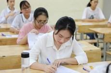 """Thí sinh Hà Nội """"thở phào"""" với đề thi Ngoại ngữ vào lớp 10"""