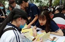 Hàng nghìn thí sinh tham dự chương trình Ngày hội tuyển sinh 2021