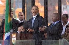 Phiên dịch giả mạo trong lễ tang Mandela