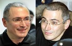 Khodorkovsky đã 'nịnh' Putin như thế nào trong 10 năm ngồi tù?