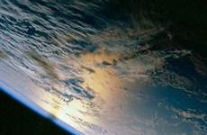 """Lên vũ trụ ngắm Trái đất với chi phí """"bèo"""" 72.000 USD"""