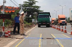 Tạm giữ tài xế đâm cảnh sát giao thông, gây trọng thương