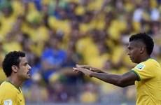 """Scolari đang làm """"cách mạng lùi"""" với Brazil ở World Cup?"""
