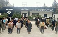 Lực lượng ISIS tuyển cả trẻ em 10 tuổi để đào tạo chiến binh