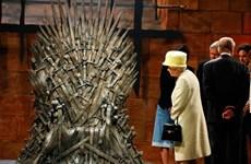 """Đội quân nhạc của Nữ hoàng Anh chơi bài """"Game of Thrones"""""""